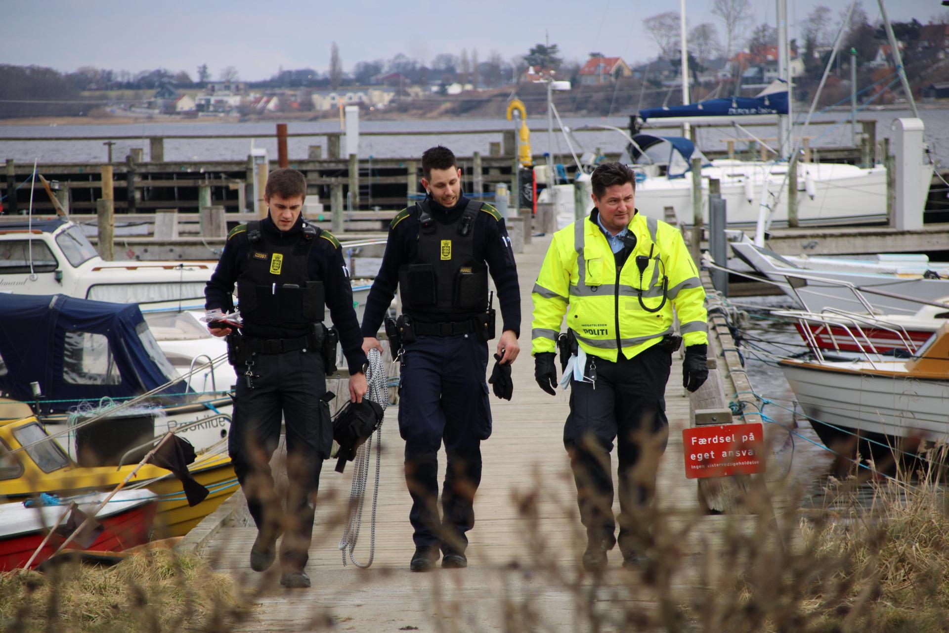 Død mand fundet i vandet i Roskilde