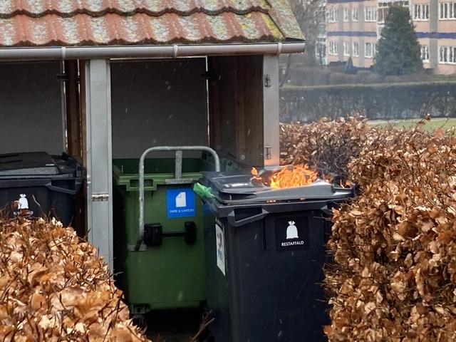 Ild i container i Roskilde