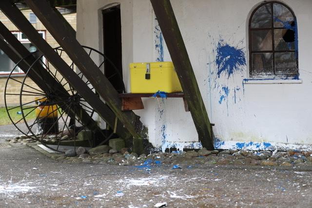 Malerbomber kastet i Brøndby
