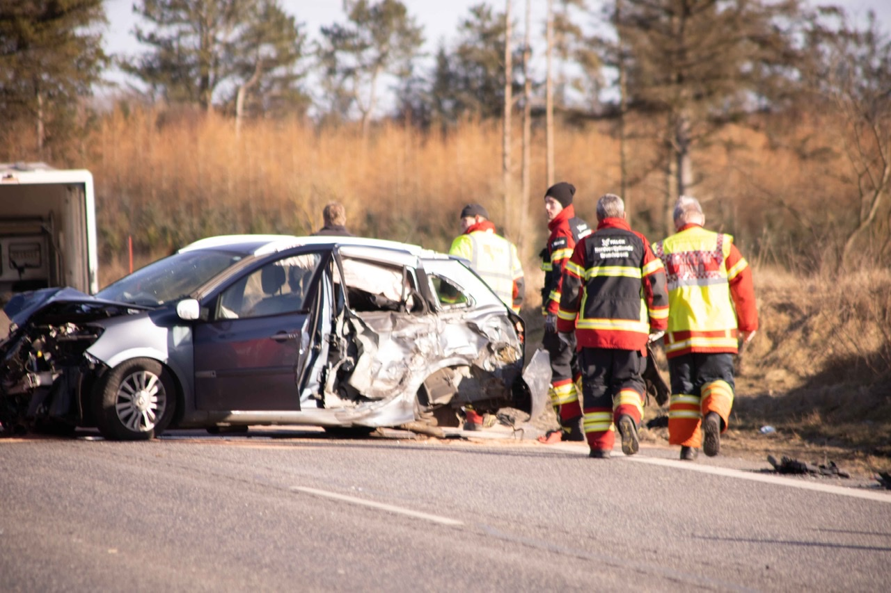 Ulykke med flere biler i Højslev