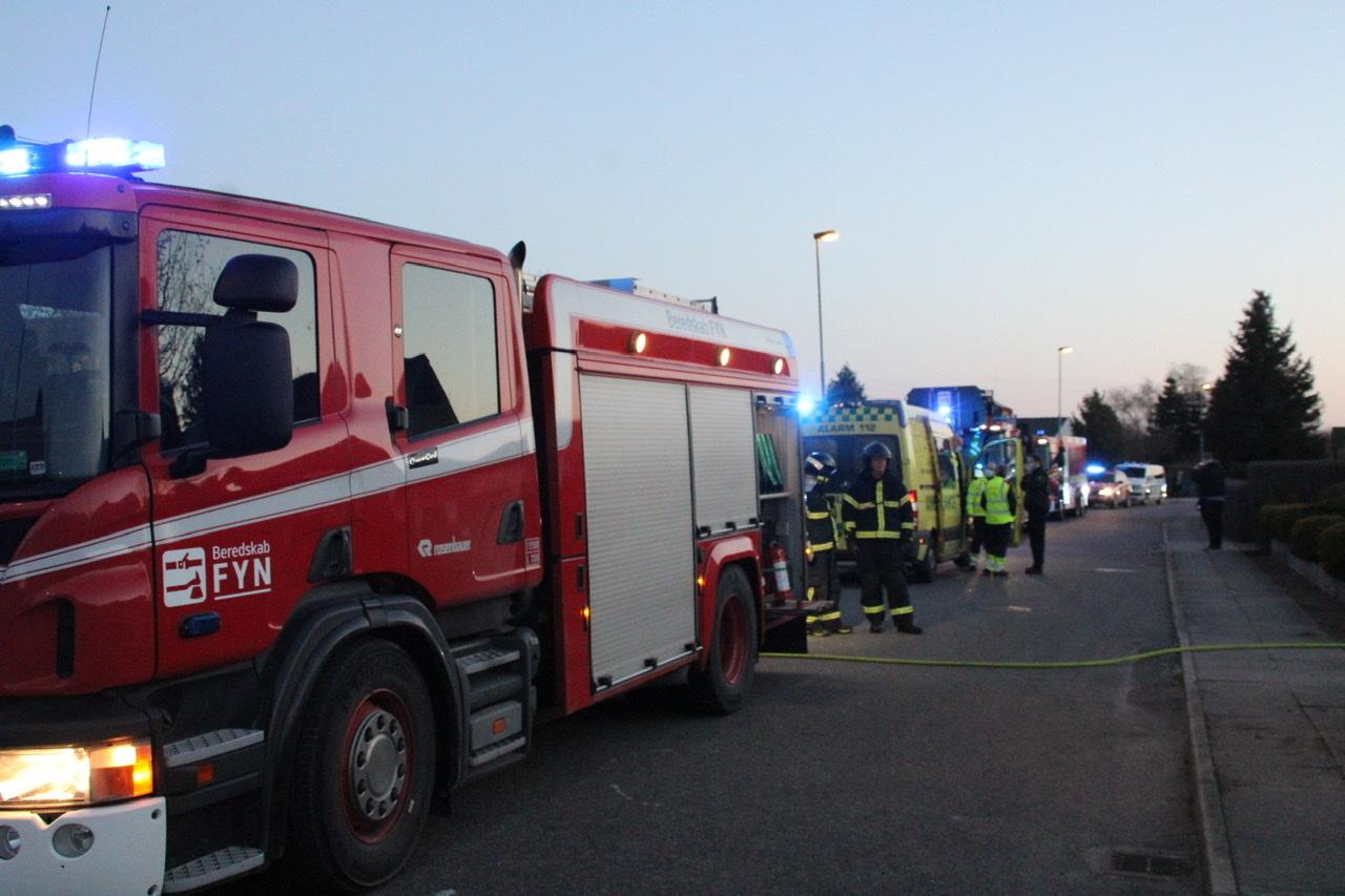 Ild i villa på Fyn - stor udrykning fremme