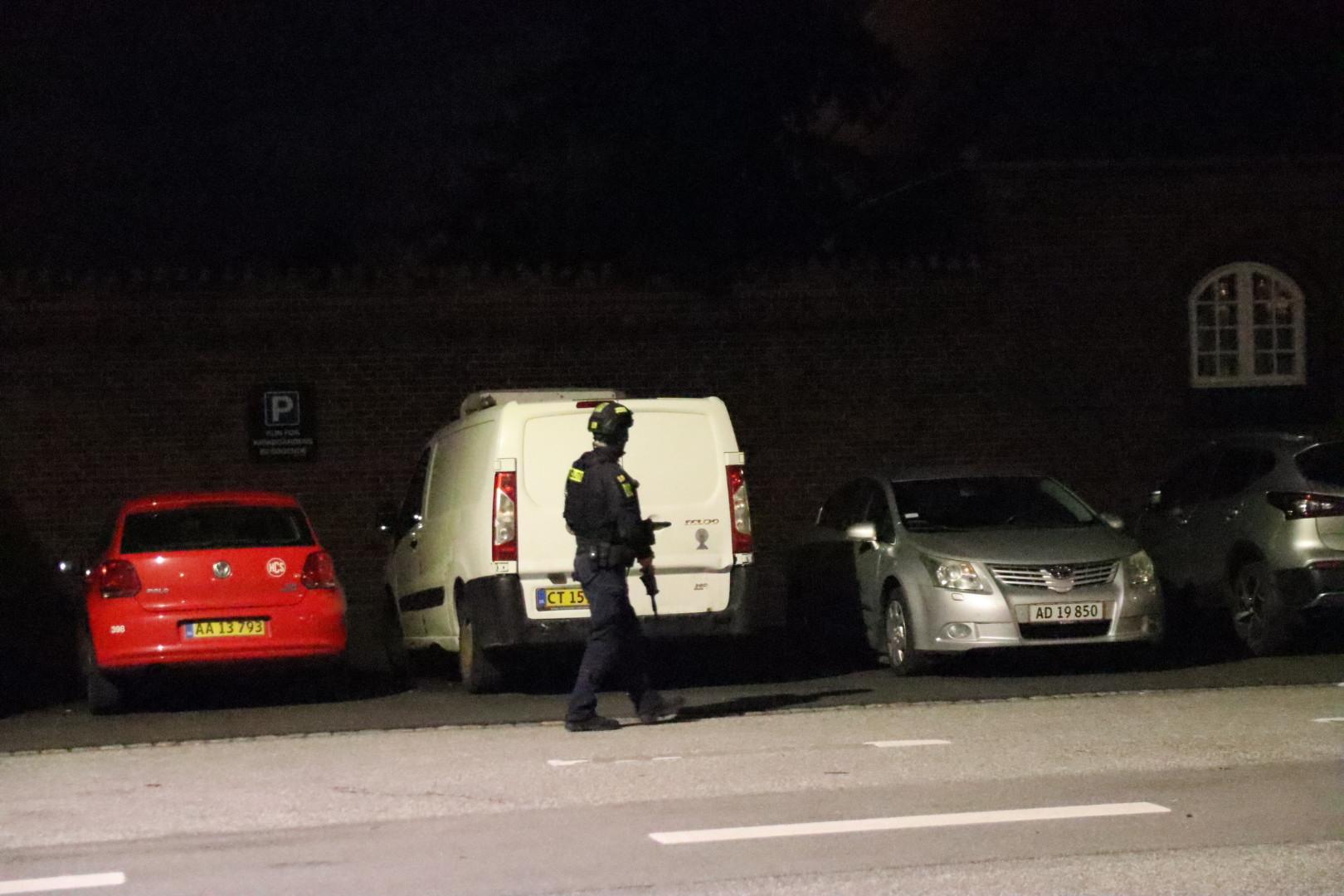 Politiaktion i København - store våben fremme