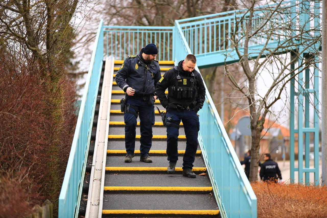 Stort område afspærret i Næstved - politiet massivt til stede