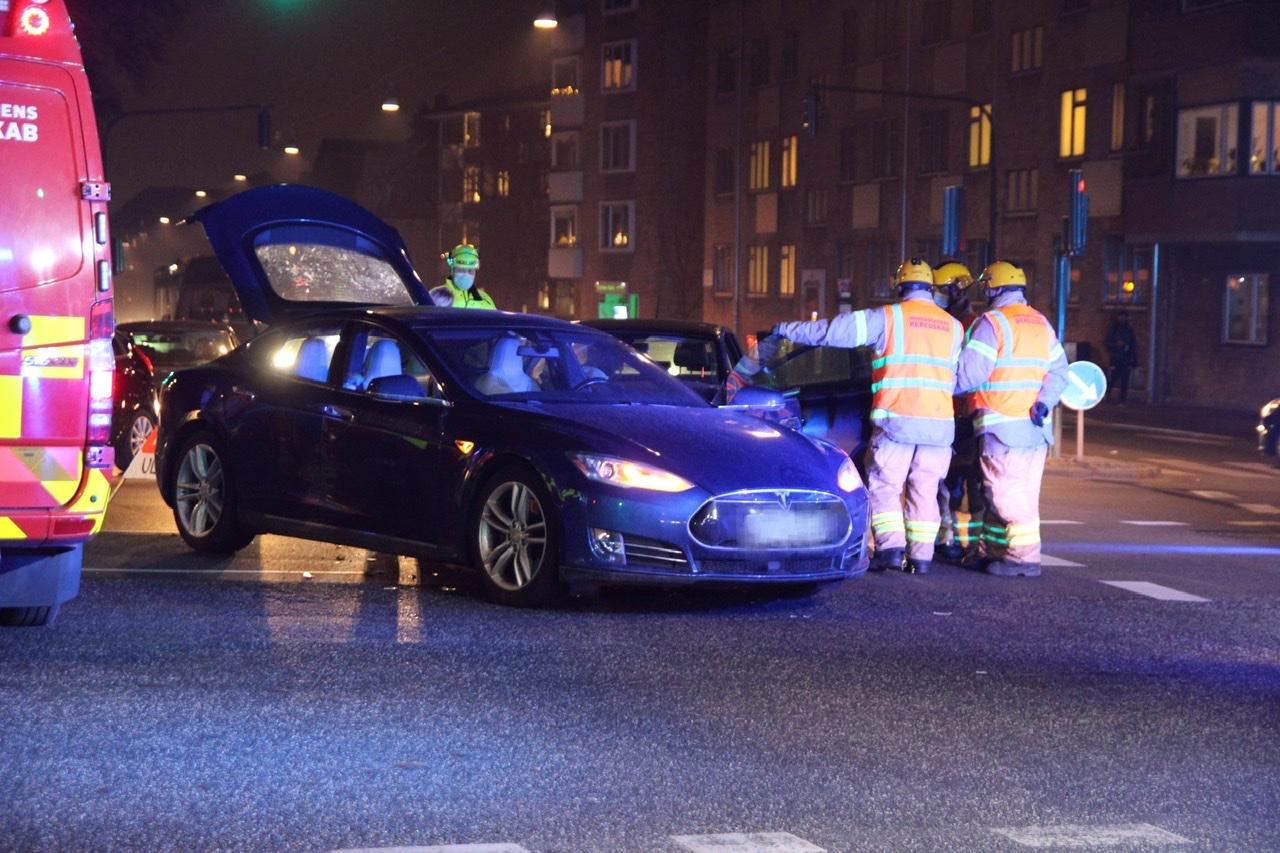Ulykke i København - fører stikker af til fods