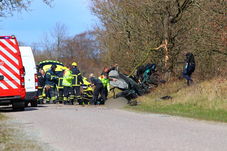 Voldsom soloulykke i Rødekro - Lægehelikopter er lige ankommet