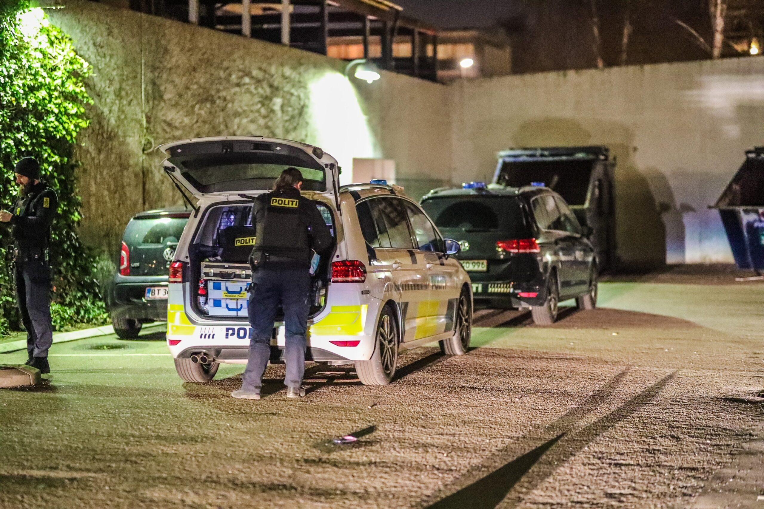 Større politiaktion i Kisumparken Brøndby - Knivstikkeri
