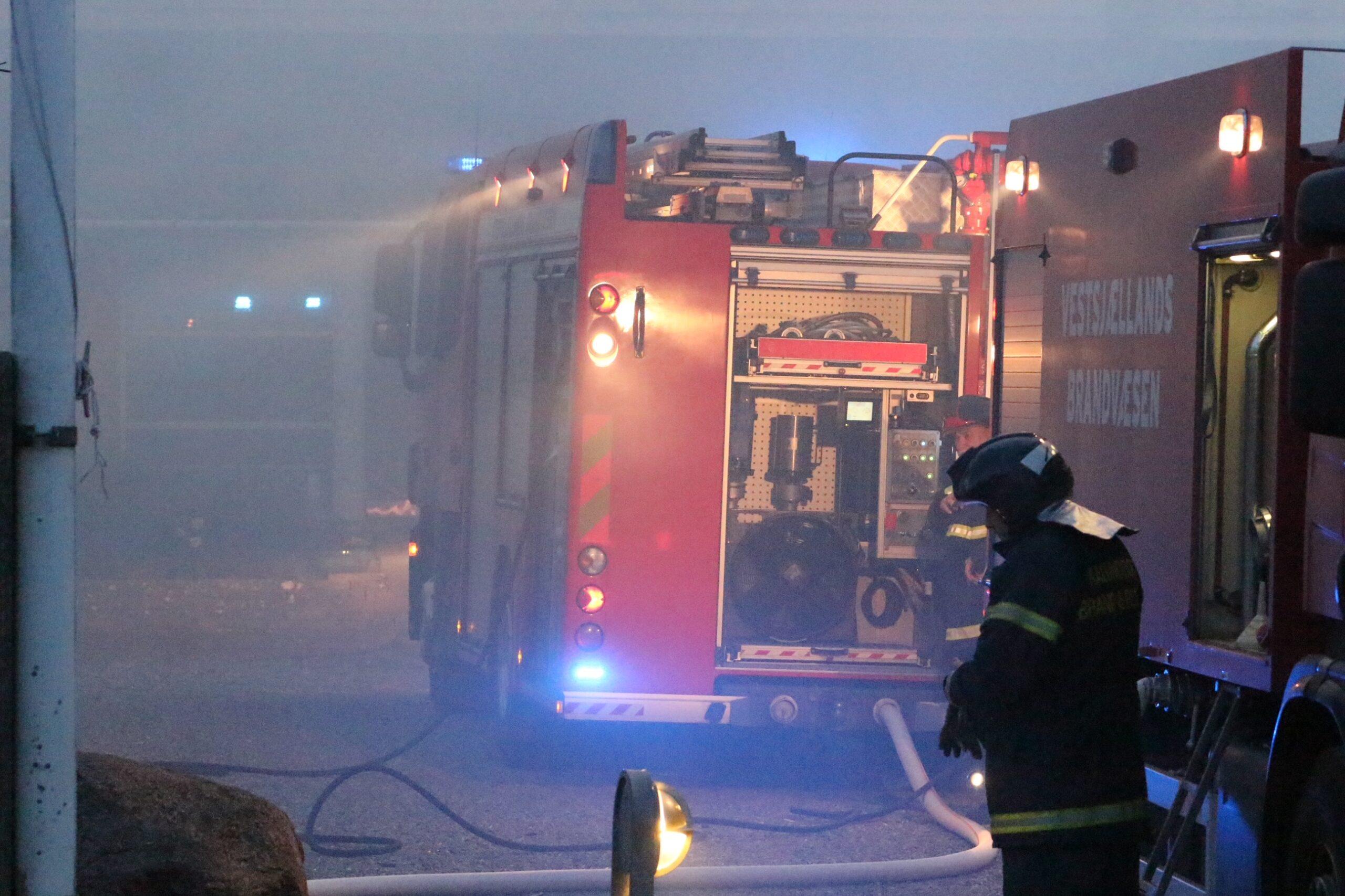 Brand på efterskole - garage udbrændt