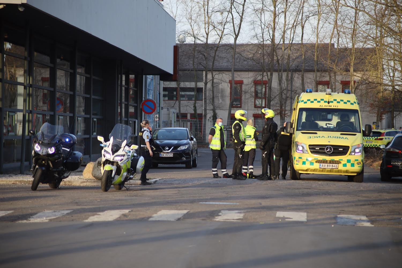 Politiaktion ved muligt knivstikkeri i Albertslund
