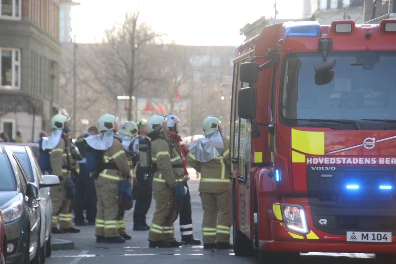Brand i lejlighed i Dybbølsgade i København