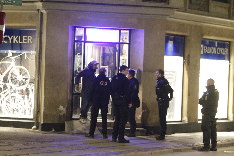 Politiaktion på Falkoner Allé