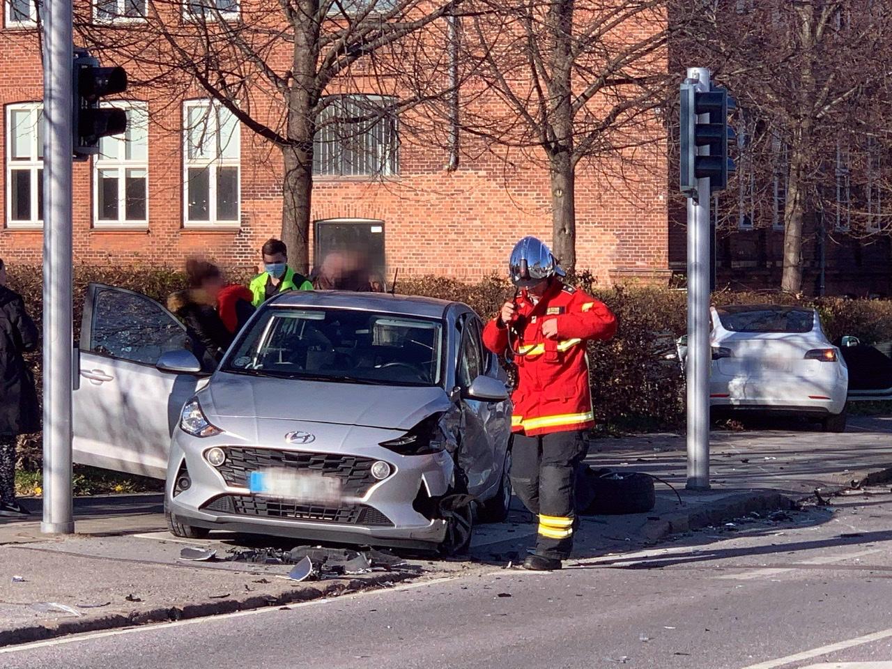 Uheld mellem to biler i Helsingør