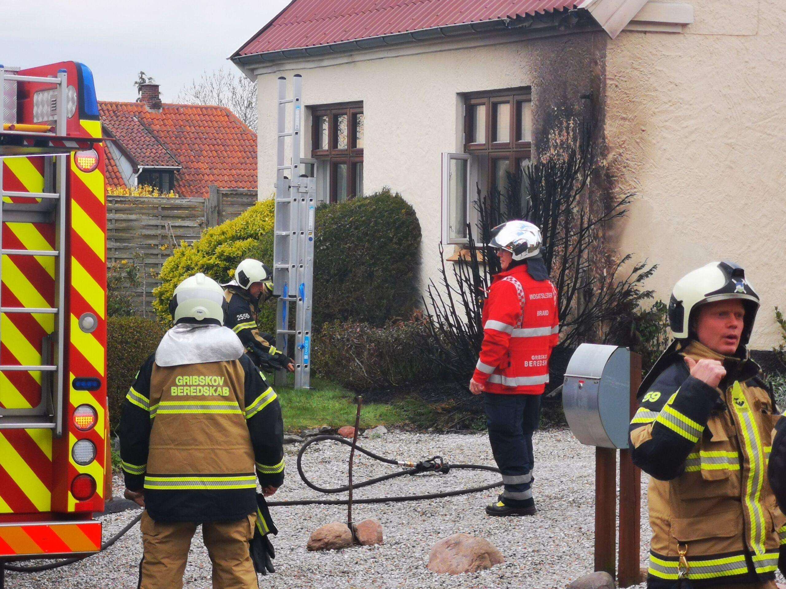 Villabrand i Græsted - startet af ukrudtsbrænder