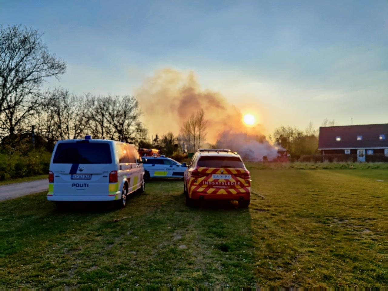 Kraftig brand i containere i Herlev