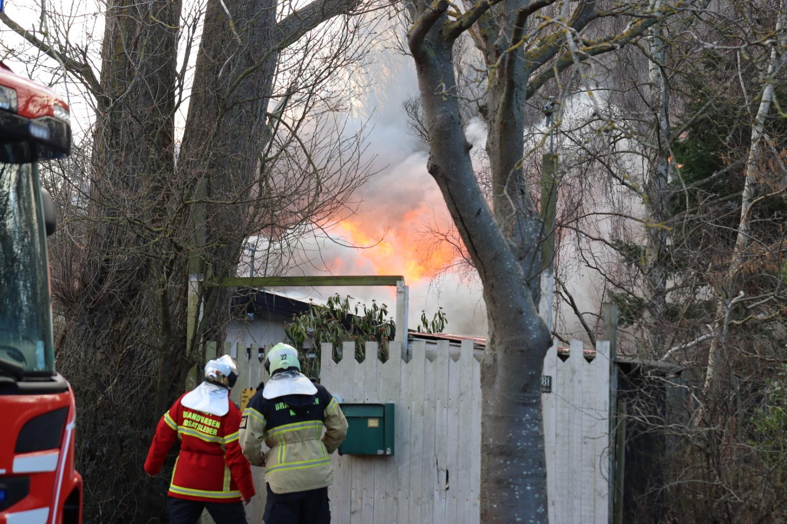 Brand på Kongelundsvej i Tårnby er startet op igen