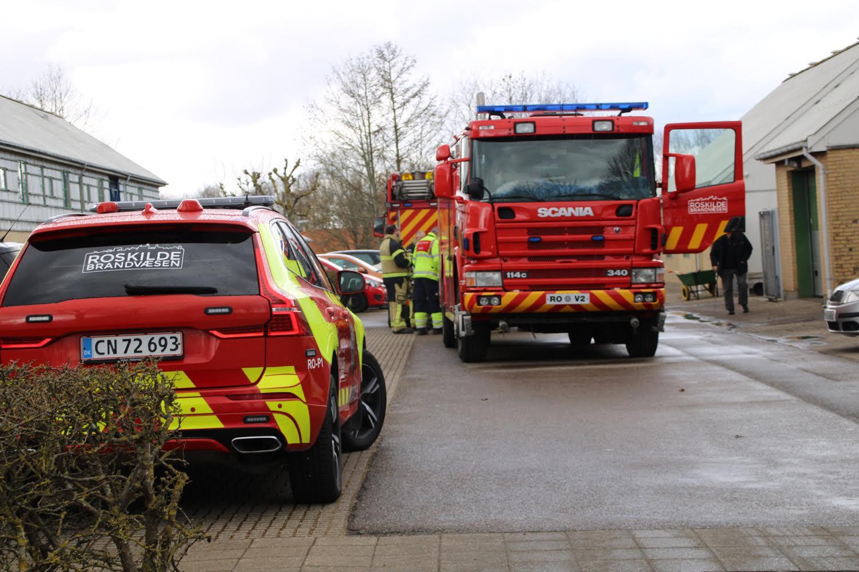 Brand bredte sig fra el-skur til hus i Roskilde