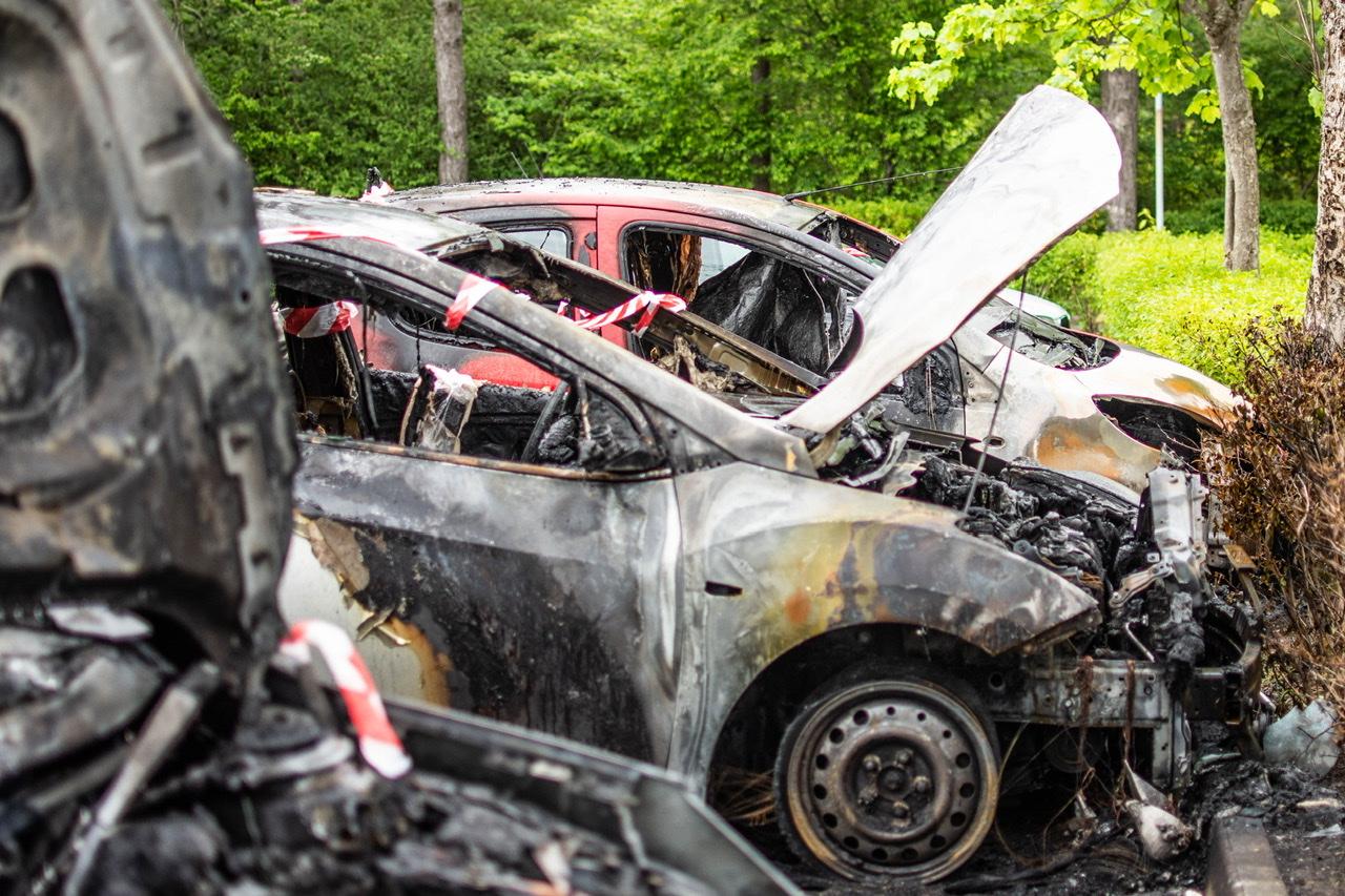 Tre biler i brand i Albertslund