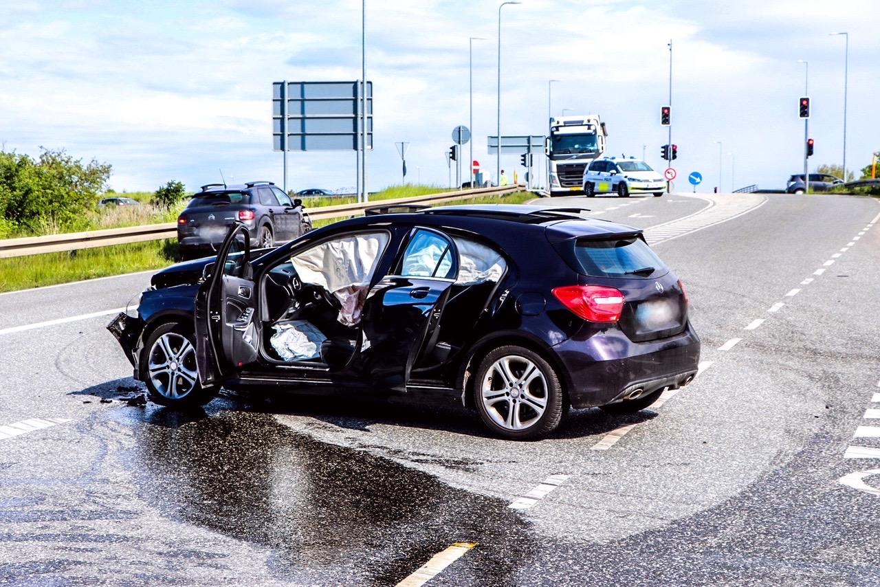 Voldsomt færdselsuheld i Solrød Strand