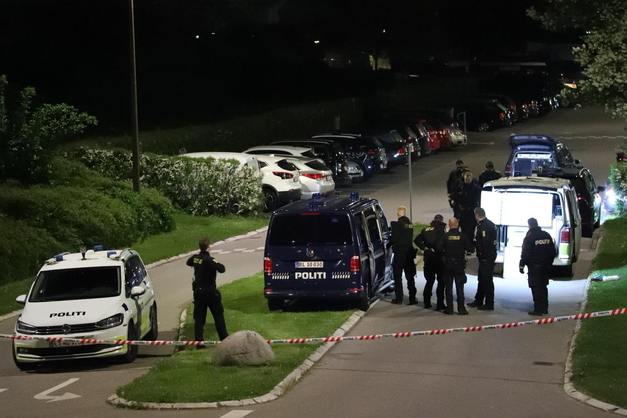 Skyderi i Brøndby - bil ramt af skud