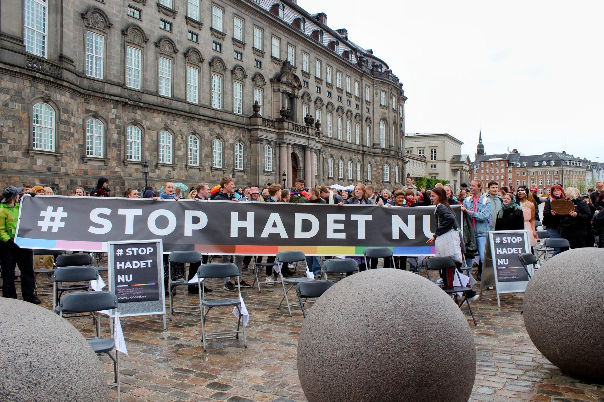 """""""STOP HADET NU"""" - LGBTQI demonstration i København"""