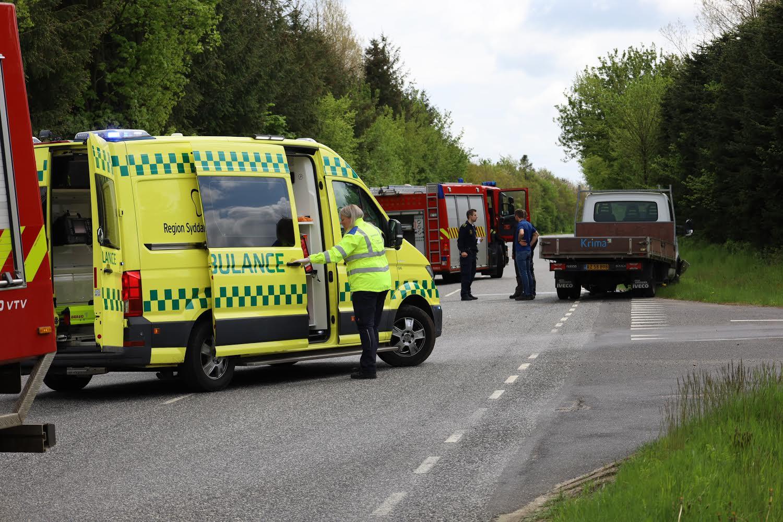 Færdselsuheld med fastklemte i Lunderskov