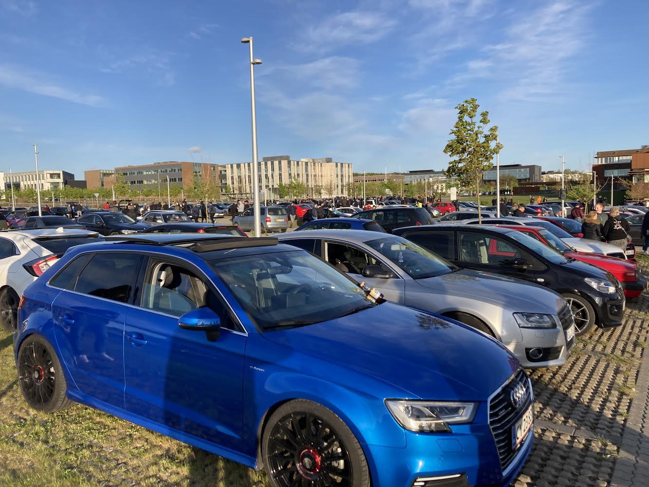 Cars and coffee træf i Aarhus