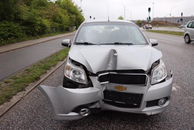 Færdselsuheld i Aarhus - to biler er stødt sammen