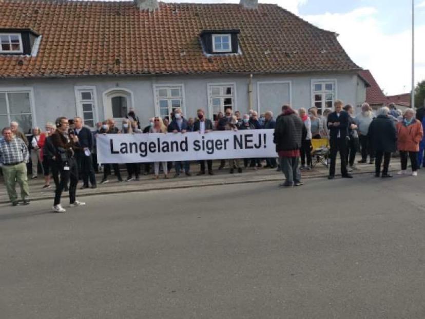 Demonstration mod udrejsecenter på Langeland
