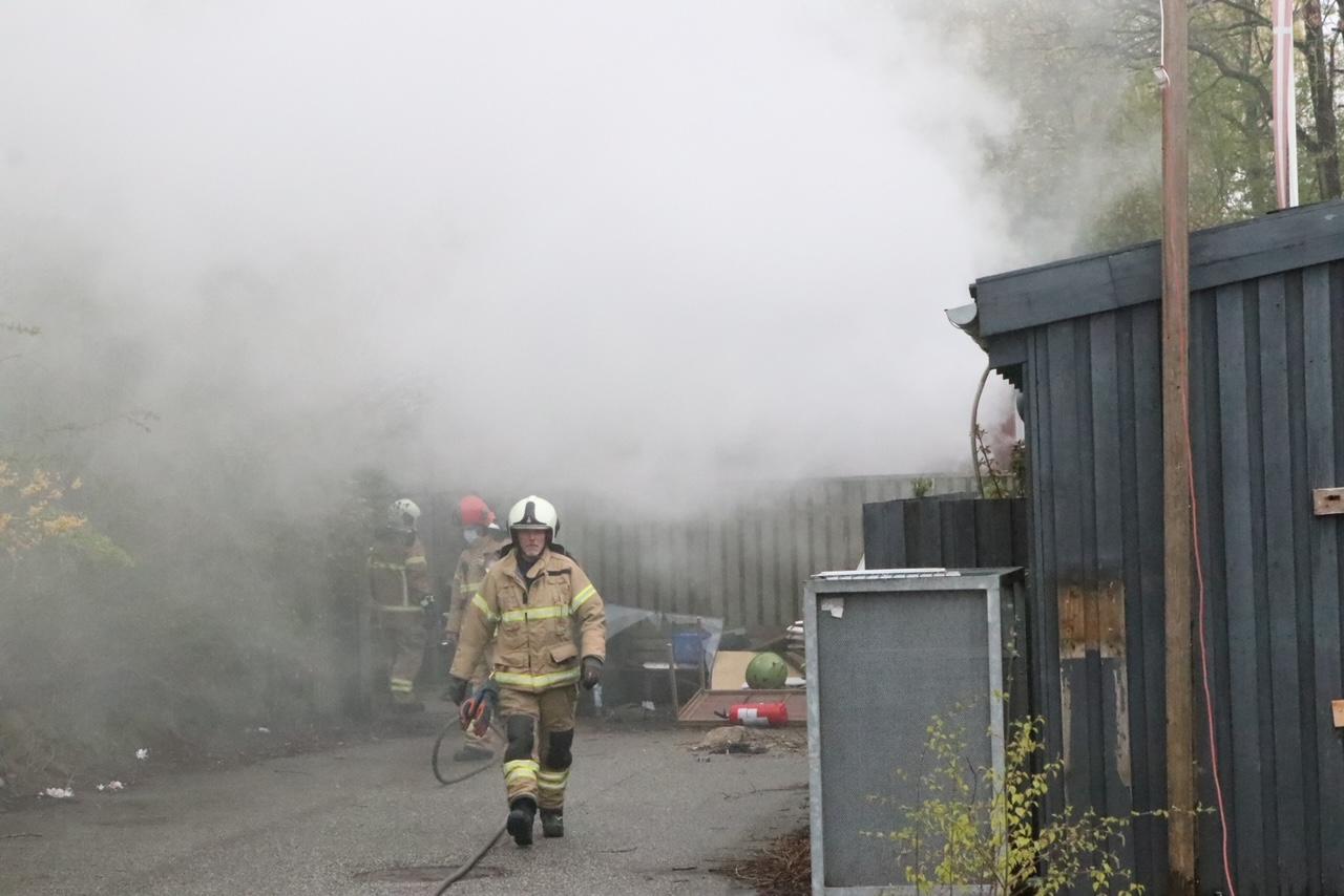 Ild i skur i Brøndby