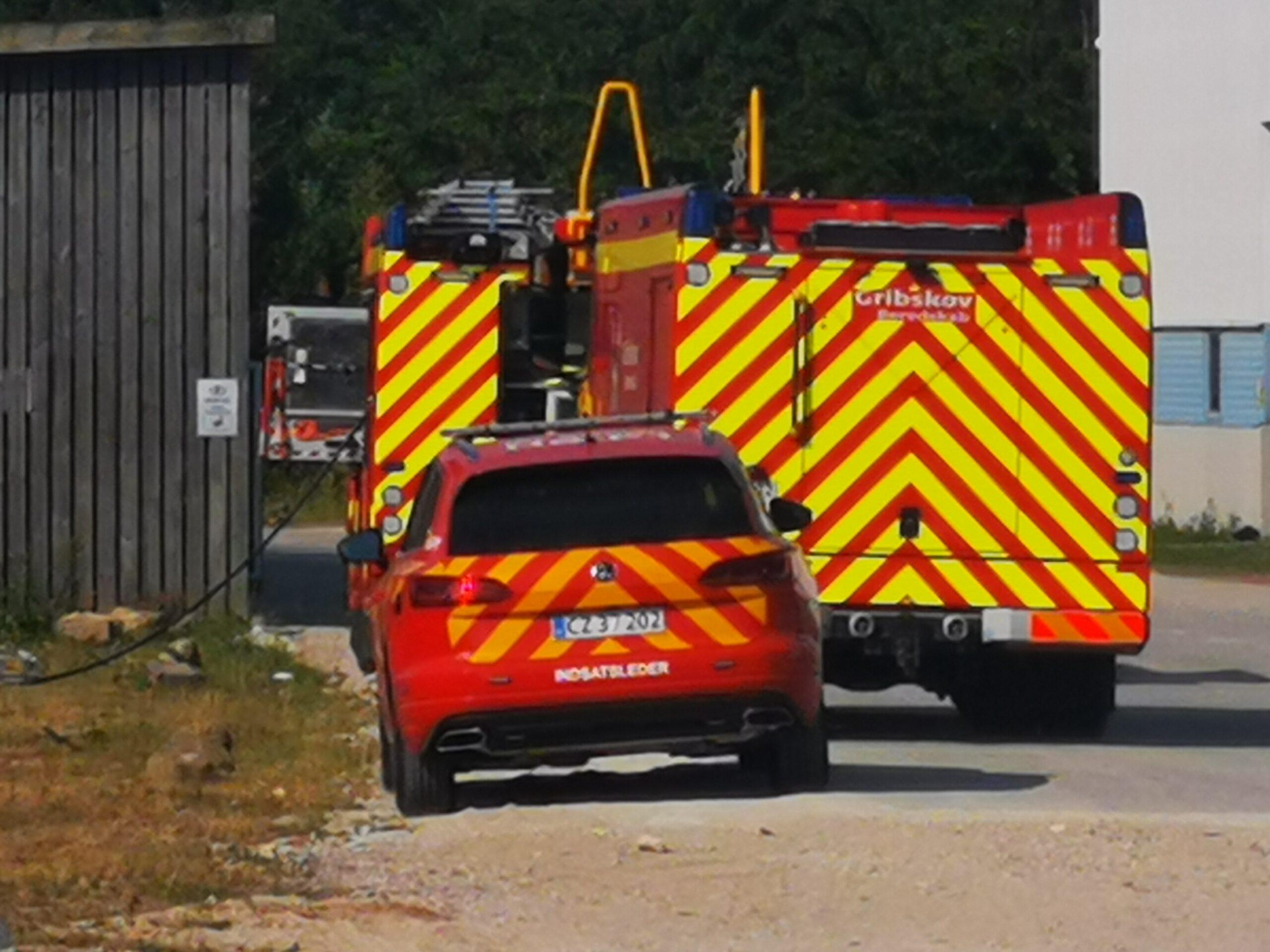 Efterslukning af brand i Helsinge