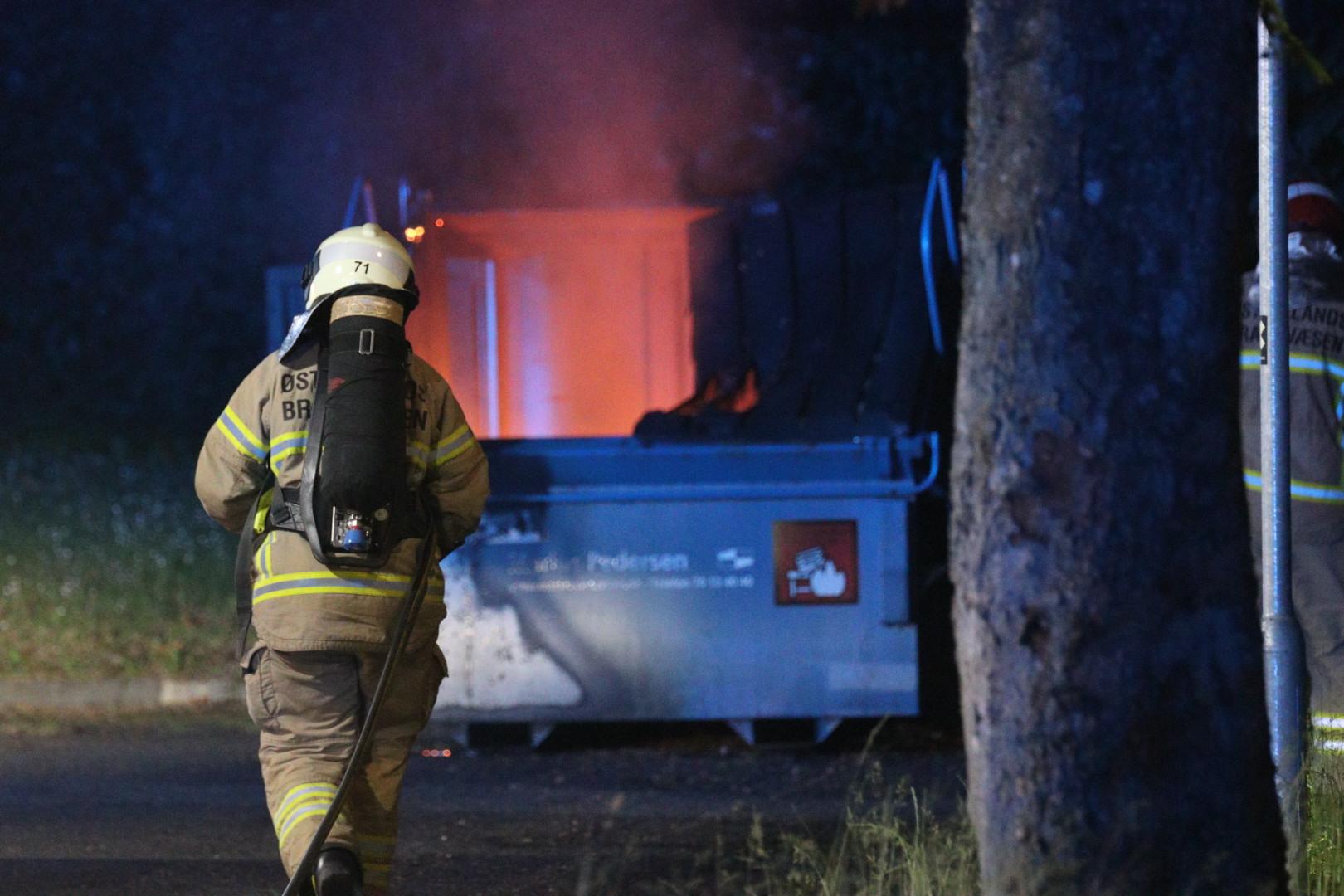Brand i container i Brabrand natten til lørdag