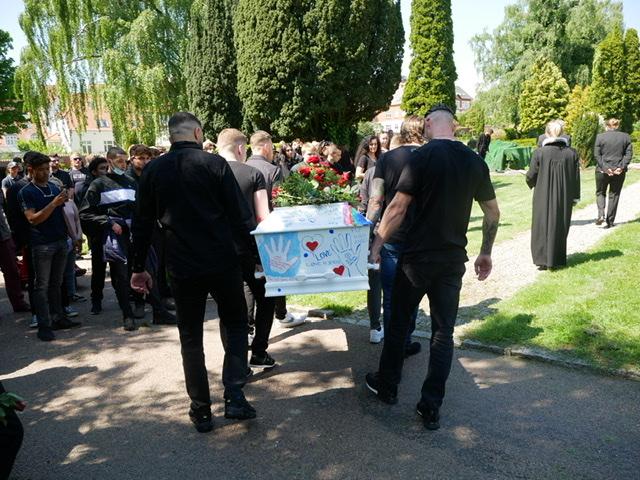 Stort begravelsesoptog i Horsens fredag