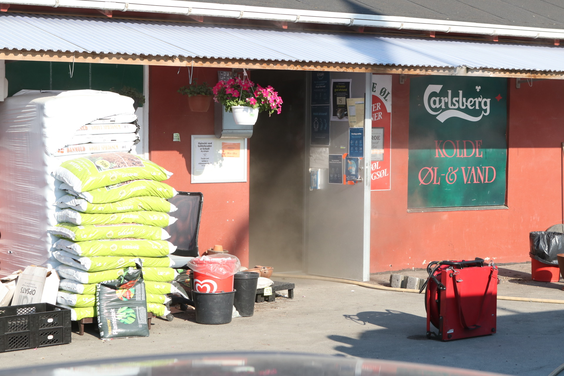 Brand i kolonihave købmand i Herlev