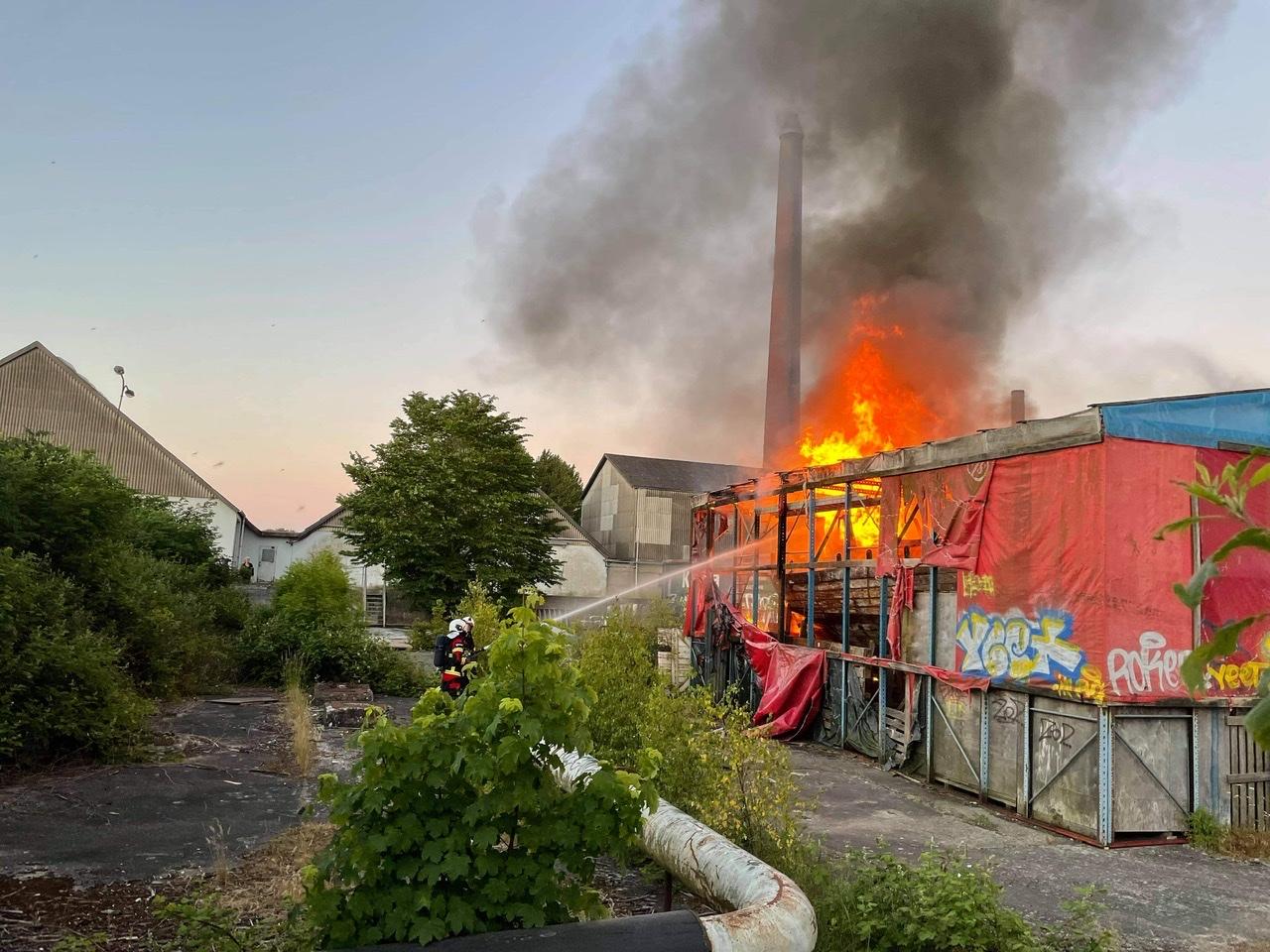Brand i båd i Stege søndag aften