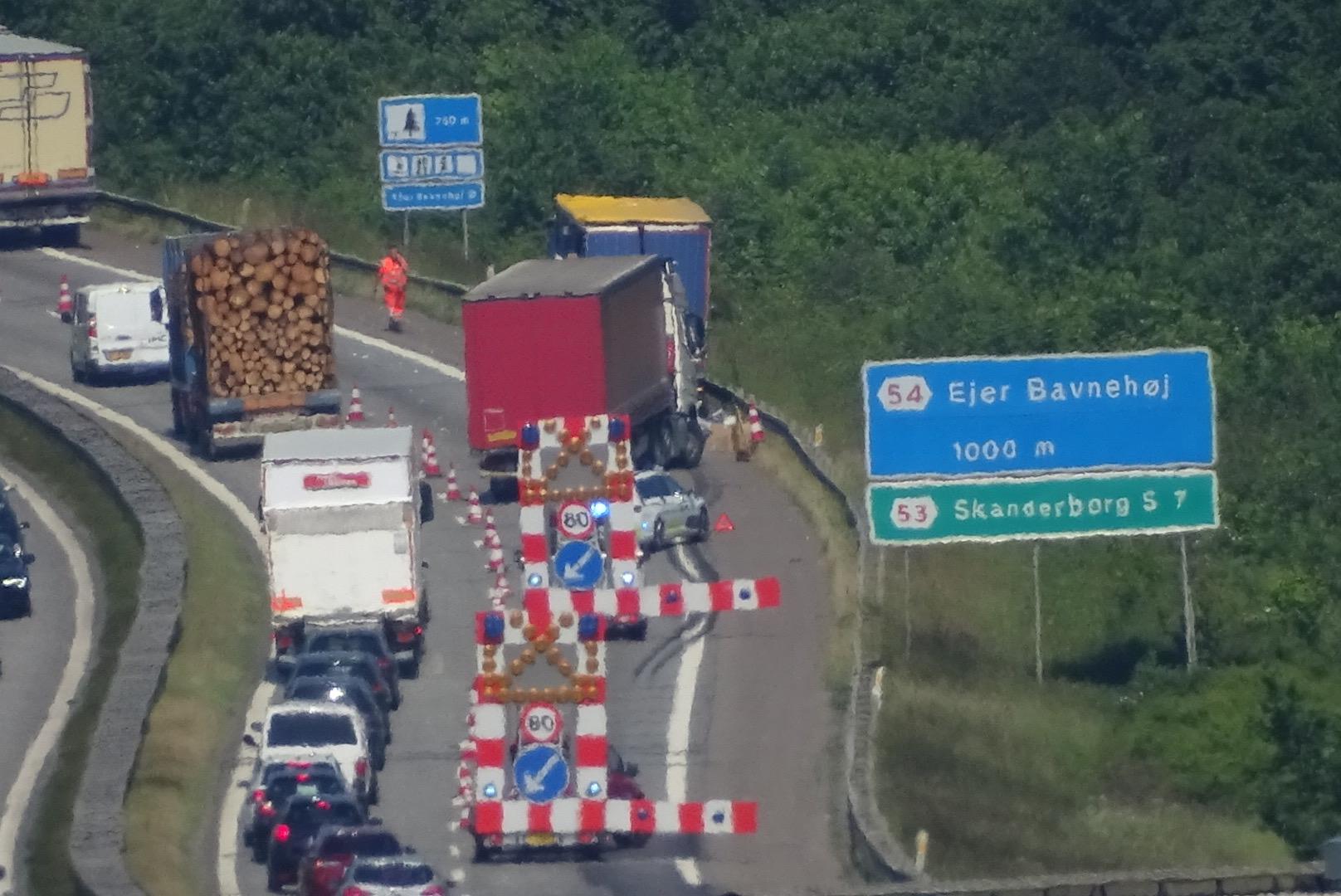 Uheld på E45 Østjyskemotorvej - mellem Horsens og Ejer Bavnehøj