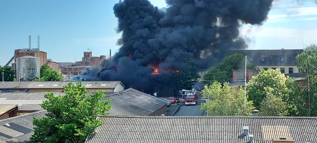 Kæmpe brand i Næstved - kan ses på 10 kilometers afstand