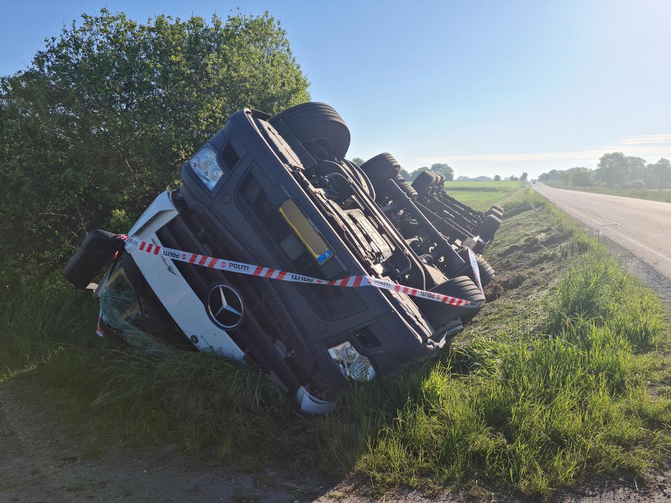 Voldsom lastbilulykke ved Vojens