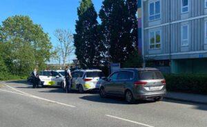 Større politiaktion i Holbæk