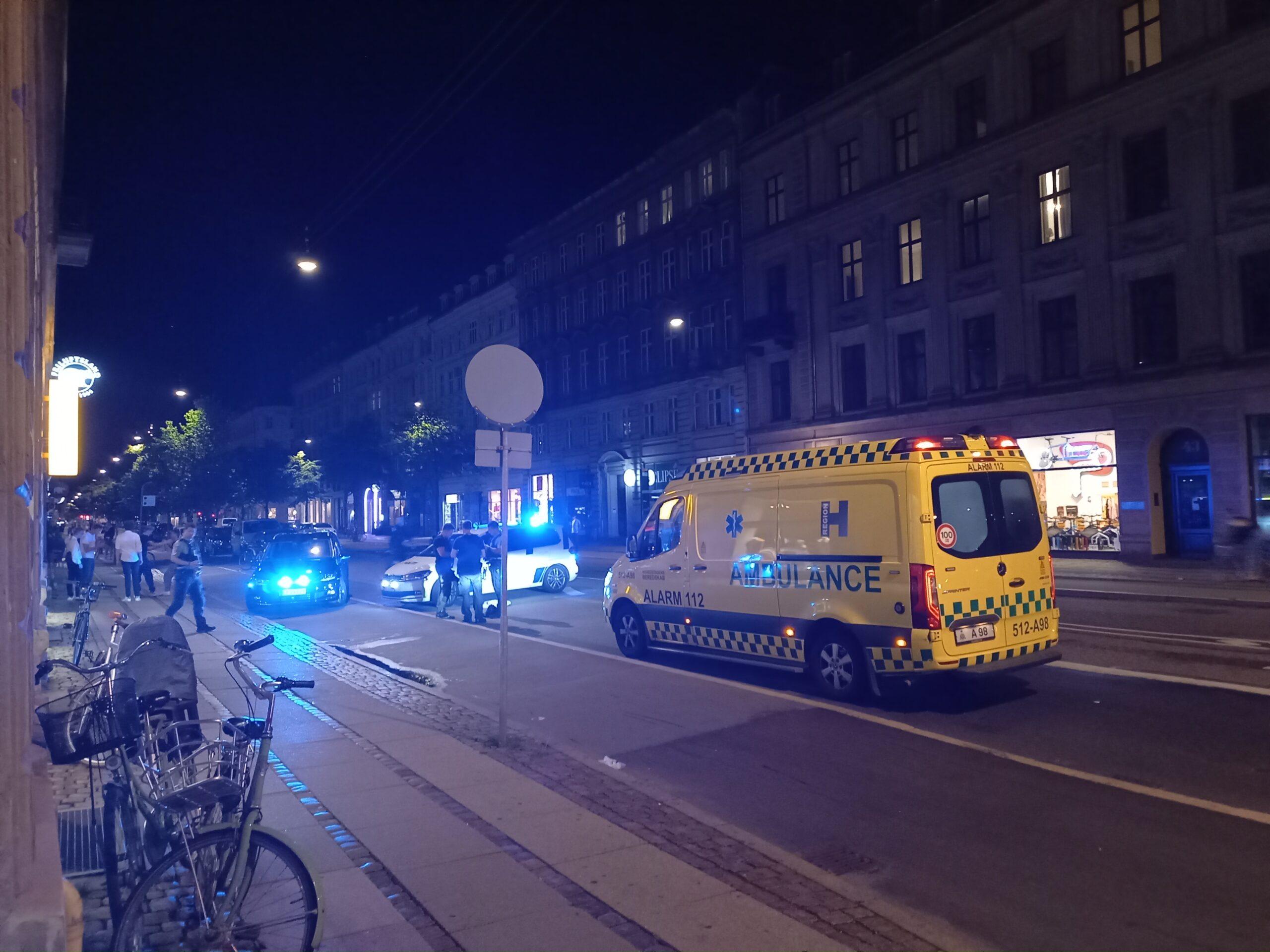 Politi og ambulance til stede ved Søtorvet i København