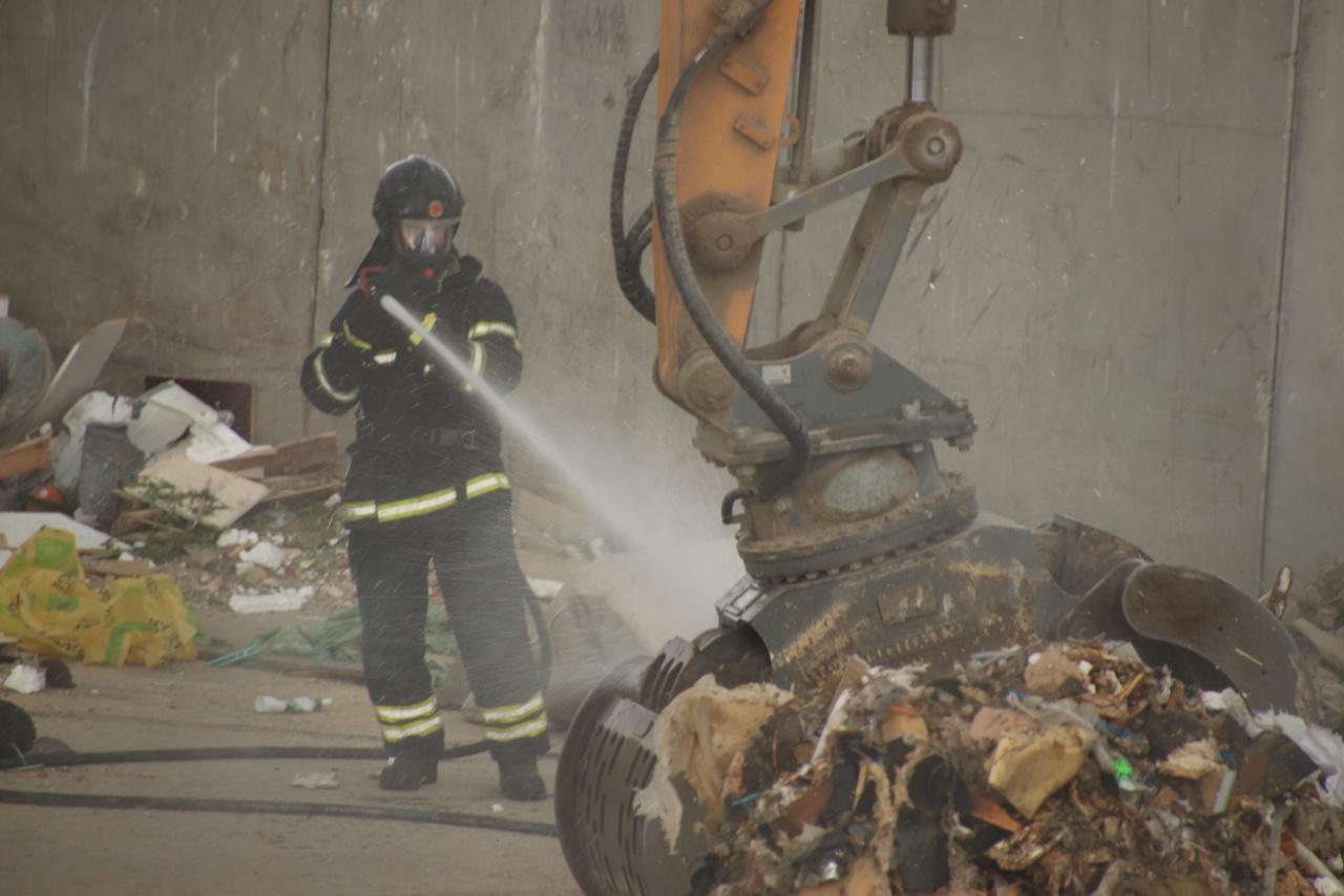 Brand på genbrugsplads i Silkeborg