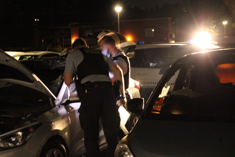 Bilbrande i Høje Taastrup - Politiet sikre spor
