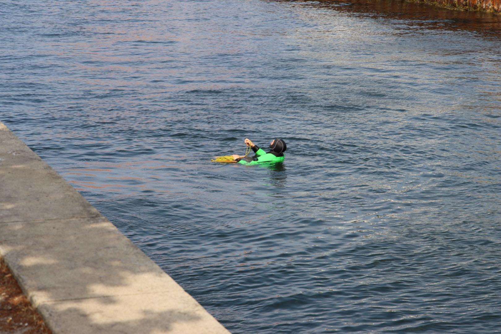 Melding om drukneulykke ved operaen - person reddet i land