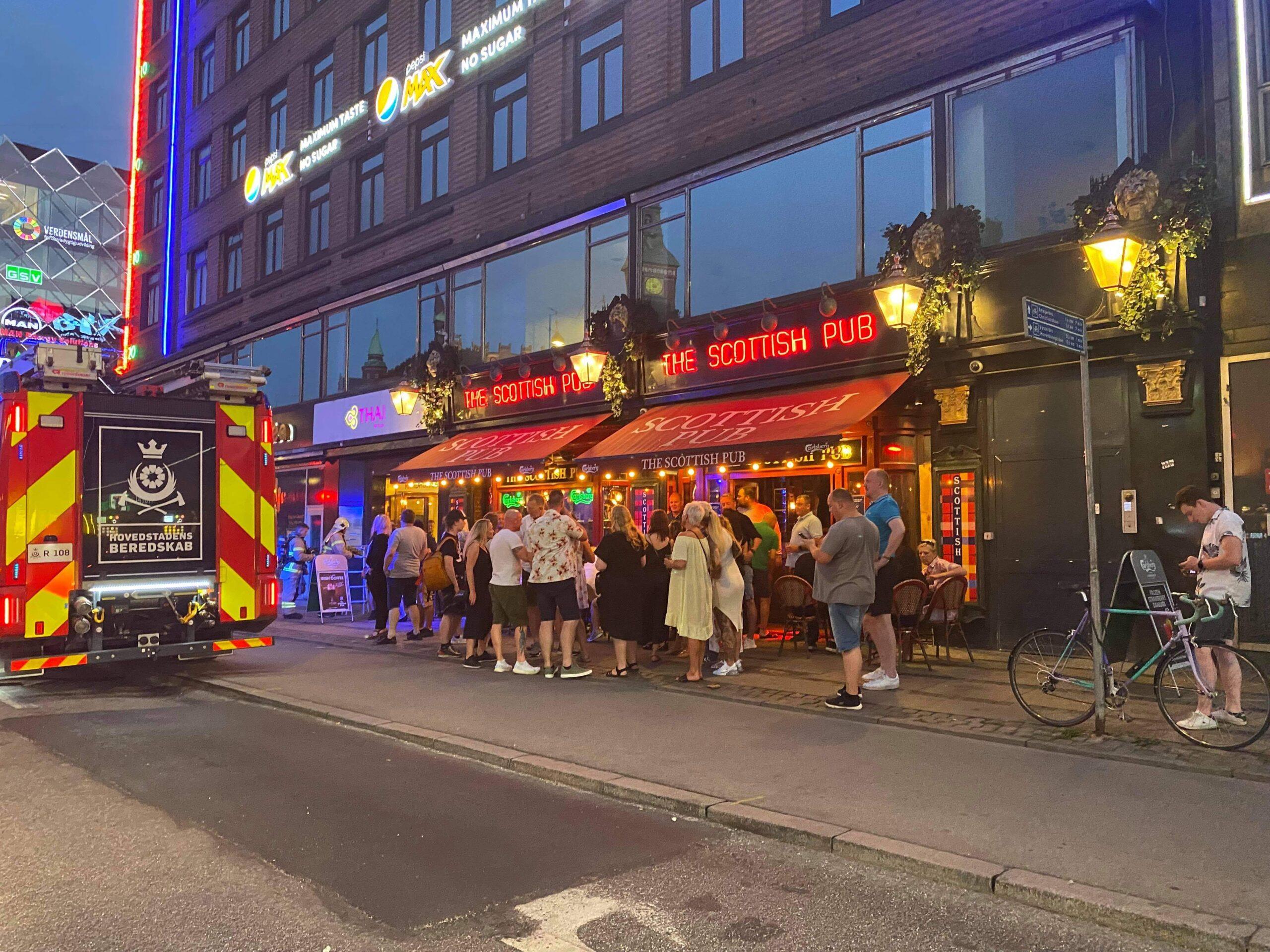 Brandalarm på pub i København