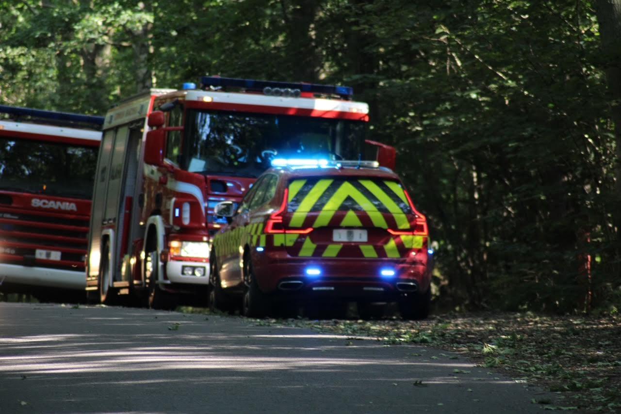 Naturbrand på Bornholm - flere slukningskøretøjer fremme
