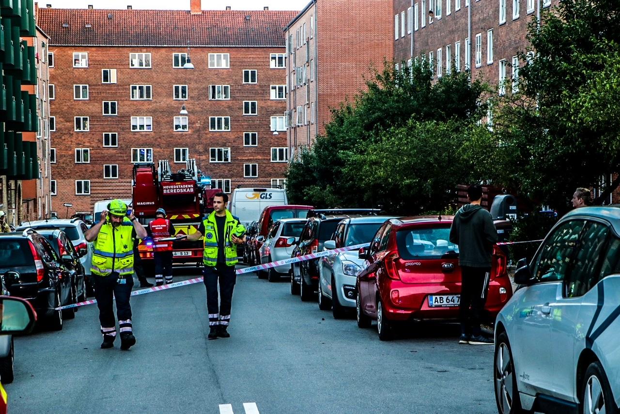 Brand i lejlighed - redning på stedet