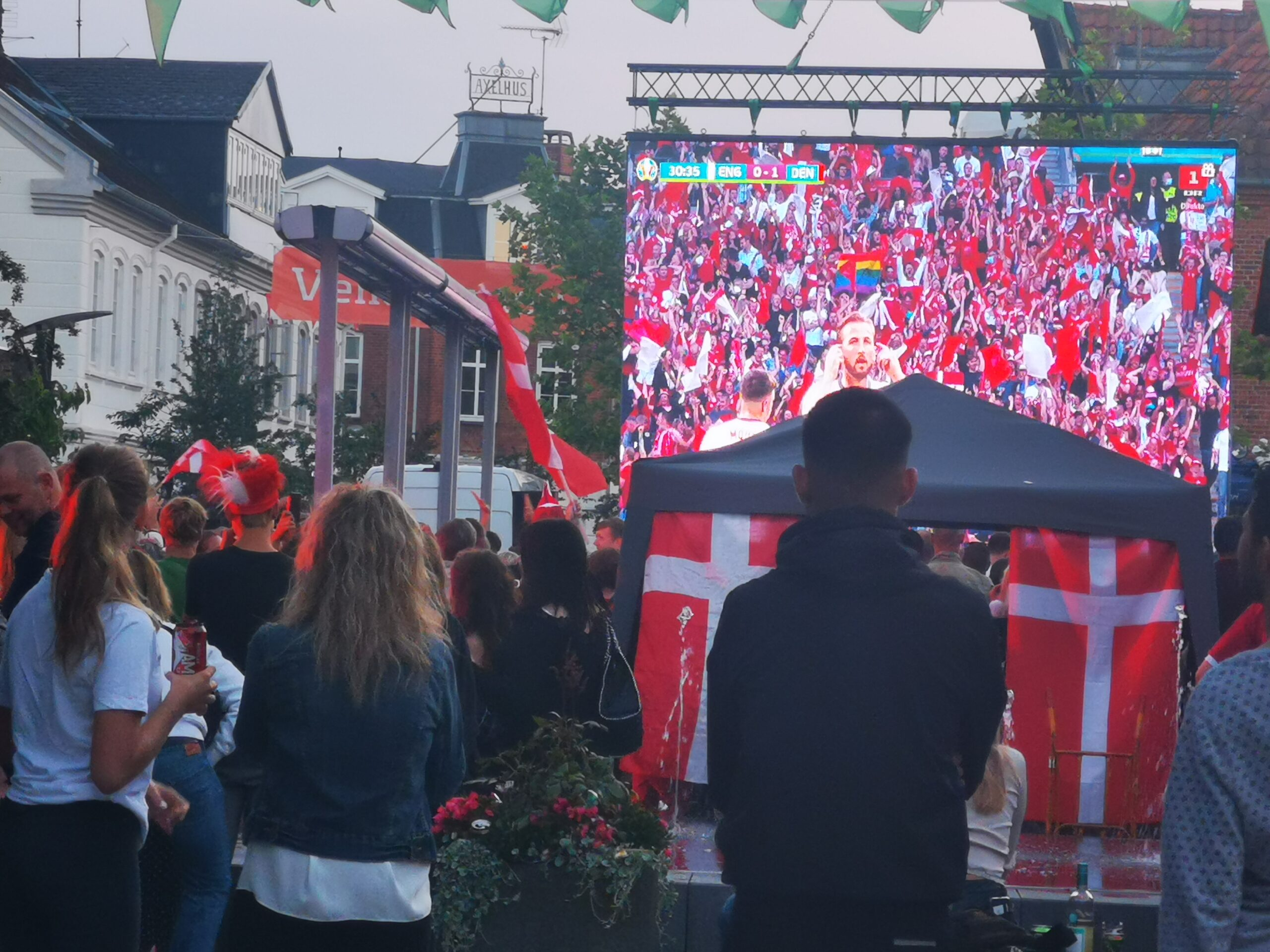 EM semifinale i Helsinge