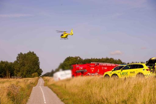 Lastbil og varebil kørt sammen - to personer afgået ved døden
