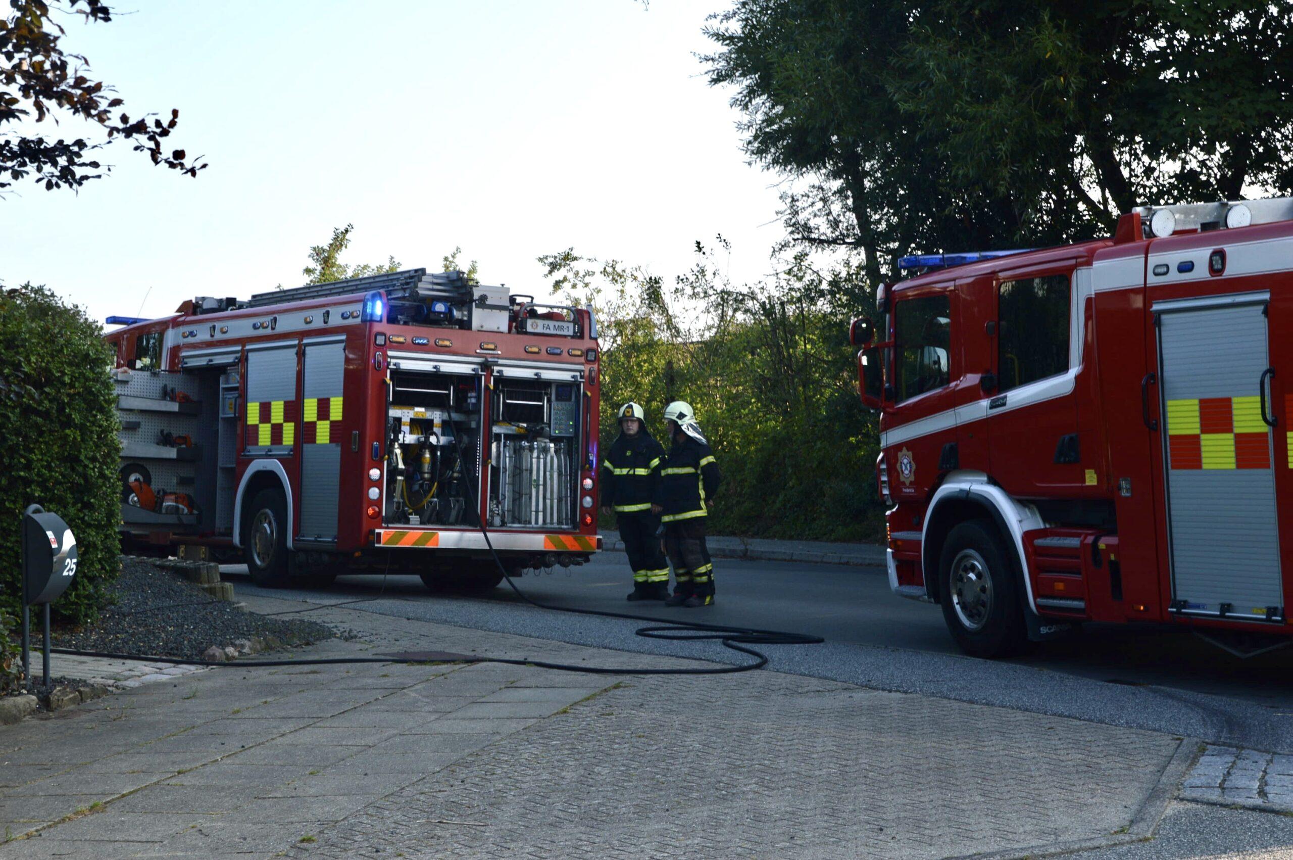 Melding om brand i bygning - kraftig røglugt