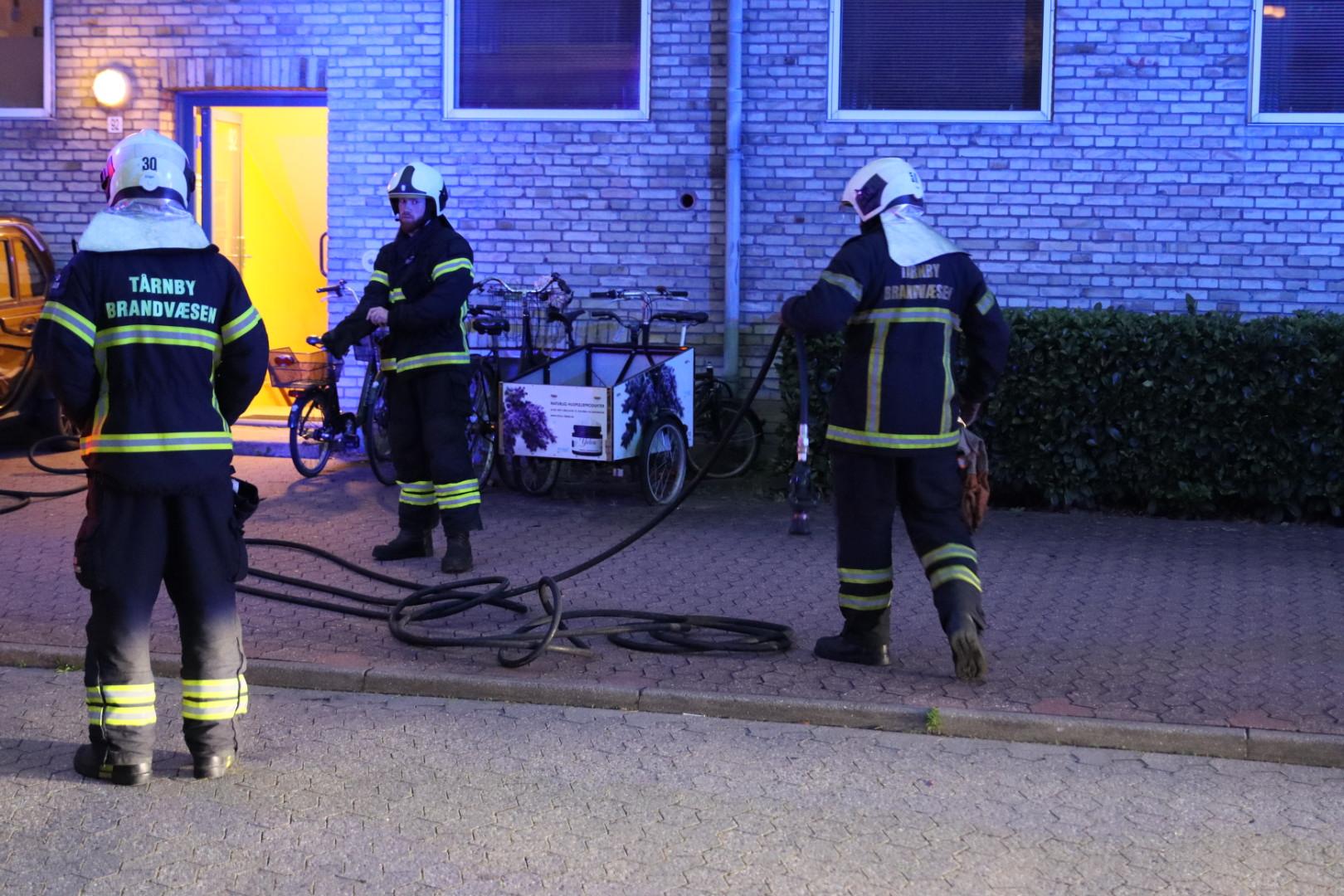 Melding om røg fra tag i Tårnby