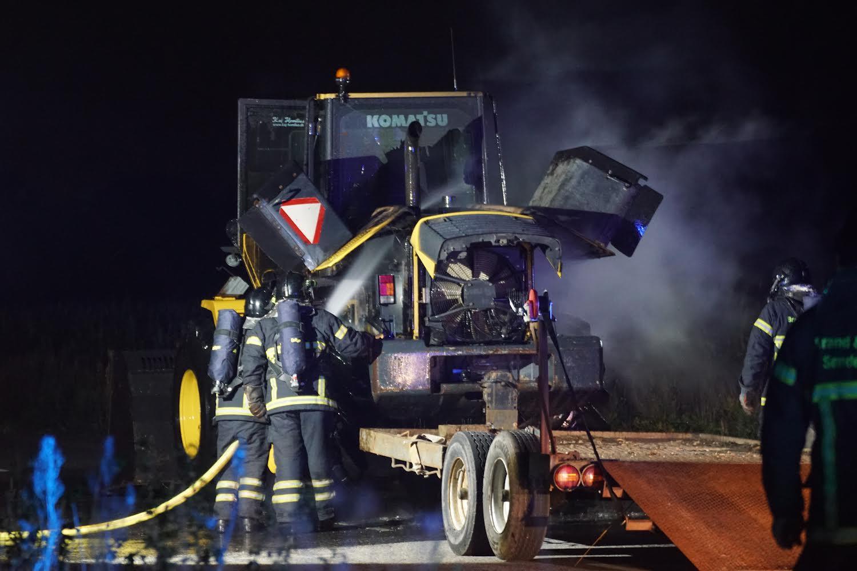 Ild i gummiged - brandvæsnet er fremme