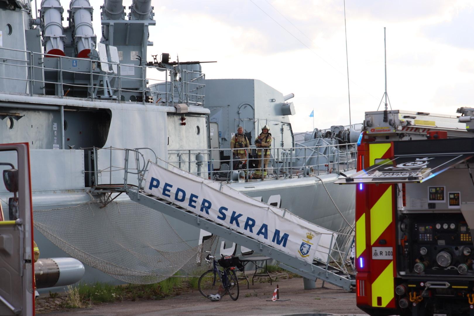 Brand på Museumsskibet Peder Skram - brandvæsnet er fremme